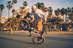 Überwintert wird in der Sonne: Kevin Nikulski am Strand von Kalifornien
