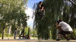 Charles Tschumy und Julien Arnaud haben bei dem Sosh Urban Motion Videocontest 2015 Platz 5 belegt. Hier ist ihr Video mit jeder Menge smoother Techlines.