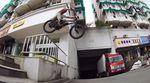 Im ersten Teil der neuen Territories-Reihe von digbmx.com verschlägt es die beiden éclat-Fahrer Alex Kennedy und Bruno Hoffmann nach Ningbo (China).