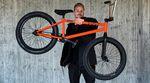 Der Cult- und éclat-Teamfahrer Kilian Roth hat von Traffic BMX einen neuen Rider spendiert bekommen. Wir haben uns das gute Stück genauer angeschaut.