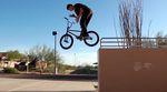 Devon Smillie hat für die Salvation-Videoserie von éclat und dem Ride BMX Magazine ein paar freshe Moves auf den Straßen von Arizona gefilmt.