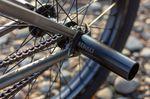 Die Ausfallenende des Globetrotter Rahmens von GT Bicycles haben integrierte Kettenspanner