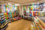 Der neue Blue Tomato Shop in Bern bietet alles für Snowboarder, Skater und Surfer, dazu trendige Streetwear, Schuhe und Accessoires