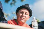 Entgegen der Meinung einiger anwesender Muddis, moderierte Antonio Laczko stocknüchtern und labte sich ausschließlich am guten H2O