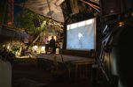 Das Team vom Odonien war nicht nur äußerst gastfreundlich, sondern stellte uns auch den bis dato größten Screen für unser Freestyle Film Festival zur Verfügung