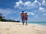 Max Gaertig am Seven Mile Beach auf Cayman Island