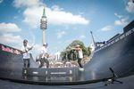 Die Siegerehrung von BMX Spine Ramp auf dem Munich MASH 2017 lief ein wenig aus dem Ruder