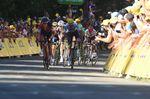 Auf der ersten Bergankunft der Tour de France und ein Kampf enbrannte zwischen den Favoriten Richie Porte (BMC) und Chris Froome (Team Sky). (Bild: Sirotti)