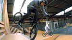 """In der """"In My Skill Circle""""-Serie knöpft sich Miguel Franzem verschiedene Spots vor. In der ersten Folge ist der Stride Indoor Bike Park an der Reihe."""