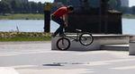 Christian Lutz und Bastian Schweizer haben für KHE Bikes den Kölner Streetplaza besucht und dort mit Woozy dieses Video gefilmt. Schaut es euch an.