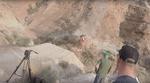 Brutal! Ben Deakin hat dieses Video von Cam Zink gepostet, in dem die kalifornische Freeridelegende bei der Red Bull Rampage 2016 in eine Schlucht stürzt.
