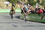 Bardet greift an, Froome kann mitziehen. Bardet rückt auf den zweiten Platz der Gesamtwertung vor - noch ist nichts entschieden. (Foto: Froome)