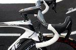 Vorbau und Lenker sind durch und durch aerodynamisch optimiert.