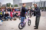 Auch in diesem Jahr wurde im Rahmen des Bielefeld City Jams wieder ein Komplettrad von Sunday Bikes verlost. Der glückliche Gewinner hieß diesmal Leon Ottenströer. Herzlichen Glückwunsch!