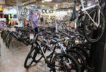 """Es ist das Schicksal des Fahrradfahrenden, immer """"nur noch ein Fahrrad"""" haben zu wollen."""