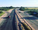 Jonas ist in der Ukraine gerne auf den breiten Standstreifen der wenig befahrenen Autobahnen unterwegs.