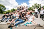 Gruppenfoto von (fast) allen Teilnehmer_innen am BMX Männle Turnier 2017 in Tuttlingen