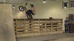 Ricky Felchner demonstriert in seinem neuen Video für den kunstform BMX Shop was man mit einer Hinterradbremse so alles anstellen kann.