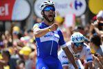 Fernando Gaviria feiert sein Tour de France mit einem Tagessieg auf der ersten Etappe. (Foto:)