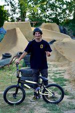 Hatter er im Bikecheck gestern nicht noch ein anderes Rad?! Wie dem auch sei, Adrian Warnken baute sich extra für den Jam eine Bremse an, so anspruchsvoll sind die Motion Trails