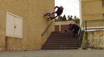 In diesem BMX-Video zeigt Drew Bezanson, dass er auch Street fahren kann.