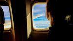 Langstreckenflüge können mit den richtigen Tipps auch entspannend sein. Foto: Tim Gouw