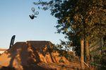 Die Helikopterkatze aka Backflip Double Tailwhip von dem Gewinner des Dirtcontests in Sérignan, Anthony Jeanjean
