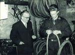 1972 begann Tacx mit der Herstellung von Rollenzylindern. Seit damals hat sich das Unternehmen zu einem der führenden Hersteller von Indoor-Trainern, Trinkflaschen und Montageständern entwickelt.