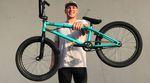 Nick Bruce testet gerade einen Prototypen seines Signaturerahmens von Total BMX. Für diesen Bikecheck haben wir uns das gute Stück einmal genauer angesehen.