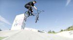 Justin Rudd hat an einem sonnigen Nachmittag im Skatepark von Mannheim-Schönau ein paar heiße Clips für den kunstform BMX Shop gefilmt.