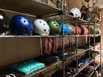 Im kunsform BMX Shop Berlin gibt es BMX-Helme aller namenhafter Hersteller