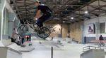 Bei der ersten Auflage der Winter Escape Sessions vom kunstform BMX Shop und Subrosa in der Skatehalle Berlin wurde eifrig am Lenker gedreht.
