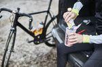 Cyclist preparing an Etixx recovery shake