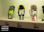 Level-Juniors-Sneaker-Mitt-Snowboard-Gloves-2016-2017-ISPO