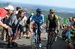 Auf den letzten 1500 Metern der ersten Bergankunft der Vuelta a Espana in La Camperona kam es zu einem Duell zwischen Simon Yates (Mitchelton-Scott) und Quintana. Mit einer starken Beschleunigung konnte sich der Kolumbianer vom Briten absetzen, was ihn auf den dritten Platz des Gesamtklassement brachte. (Foto: Sirotti)