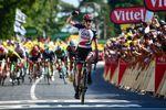 Dan Martin (UAE Team Emirates) siegt auf der 6. Etappe der 105. Tour de France. (Foto: © ASO)