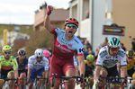 Marcel Kittel (Katusha-Alpecin), hier beim Etappensieg beim Tirreno-Adriatico, sah sich auf der vorletzten Etappe der BinckBank Tour zur Aufgabe gezwungen. (Foto: Sirotti)