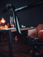 Auf Tuchfühlung mit dem Bartyr Handlebar und dem Ecliption Stem von Erigen BMX