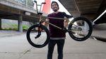 Weil das alte Rad hinüber war, hat der kunstform?! BMX Shop seinem Teamfahrer Jonas Bader ein neues Rad nach Australien geschickt. Check den Bikecheck!
