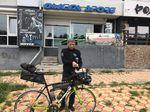 Dieser freundliche Fahrradhändler machte Jonas