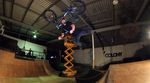 Wenn Chris Courtenay, Boyd Hilder, Josh Dove, Ben Winter, Jake Ryan und Jayden Fuller eine Session im The Village Indoorpark fahren, hagelt es Banger.