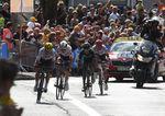 Ein spannender Kampf um den Tagessieg: Letztendlich konnte sich Barguil gegen Contador und Quintana behaupten. (Foto: Sirotti)