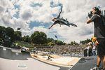 Irek Rizaev geht 2019 zwar nicht beim MASH an den Start, demonstriert auf diesem Foto aus dem vergangenen Jahr, was euch im Münchener Olympiapark erwartet, nämlich ein volles Haus und erstklassige BMX-Action