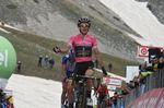 Adam Yates (Mitchelton Scott) gewinnt die 9. Etappe des 101. Giro d