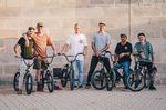 Danke an die extrem hilfsbereiten Mallorca-Locals um Juan Giraldo (zweiter von rechts), die uns wirklich erstklassig betreut haben! Foto: Merlin Czarnulla