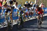 Estaban holt sich im letzten Sprint zum Ziel den Etappensieg. Foto: Sirotti