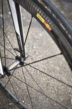 Mavic Cosmic Carbone Laufräder sind leicht, schauen genial aus und zigtausendfach bewährt tolle Qualität.