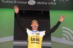 Primoz Roglic, der ehemalige slowenische Skispringer sorgte bei der 9. Etappe des Giros für einen Überraschungssieg. Foto: Sirotti
