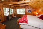 Amazing Mountain Shack Cabin Airbnb Travel Tahoe USA 3