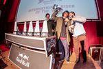 Zum zweiten Mal nach 2015 habt ihr Simone Barraco zu eurem International Rider of the Year gewählt. Danke an Red Bull, die den italienischen Edeltechniker extra zu den freedombmx Awards nach München eingeflogen haben und an Dima Prykhodko (rechts), der Simones kurze Dankesrede ins Deutsche übersetzte